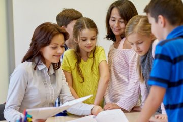 Classroom Management Solutions for Teachers: new Methodologies, Effective Motivation, Cooperation and Evaluation Strategies