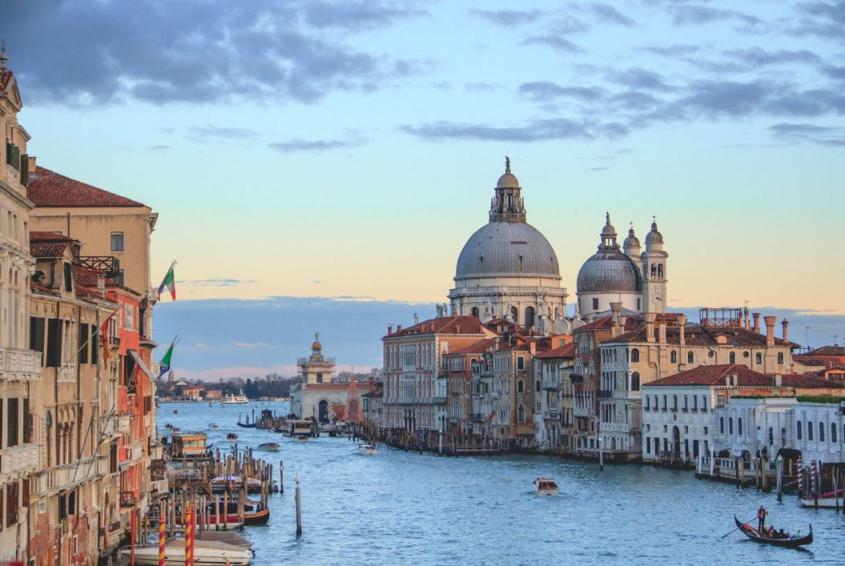 Venice is just one hour away from Verona!