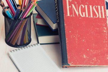 Speak Like a Native: Understanding Formal English Discourse Patterns
